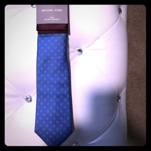 NWT Michael Kors tie and pocket square
